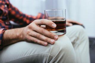 Можно ли отказаться от алкоголя самостоятельно, если не навсегда, то надолго
